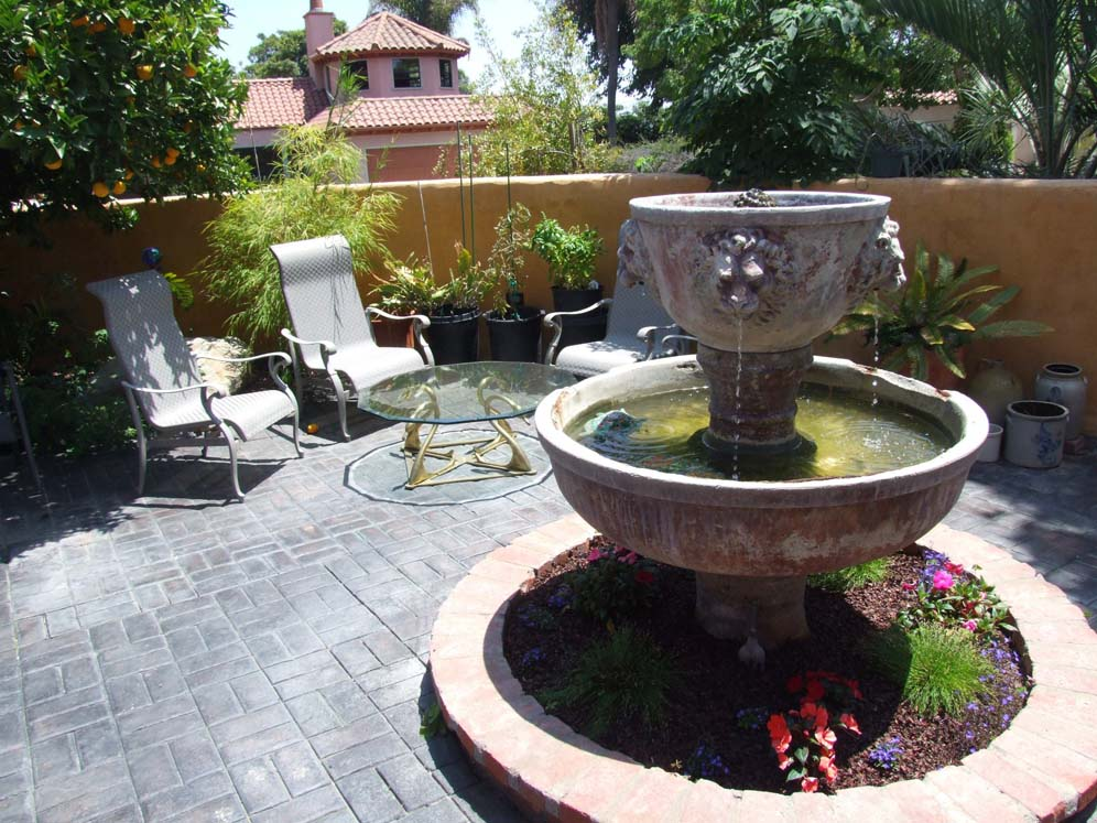 Medici Look Water Feature